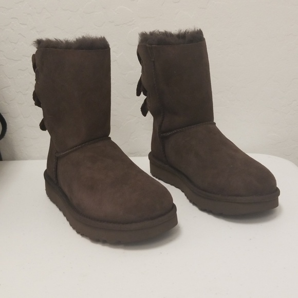 8d2ba9bc39a UGG With Bailey Bow Corduroy Brown Size 5